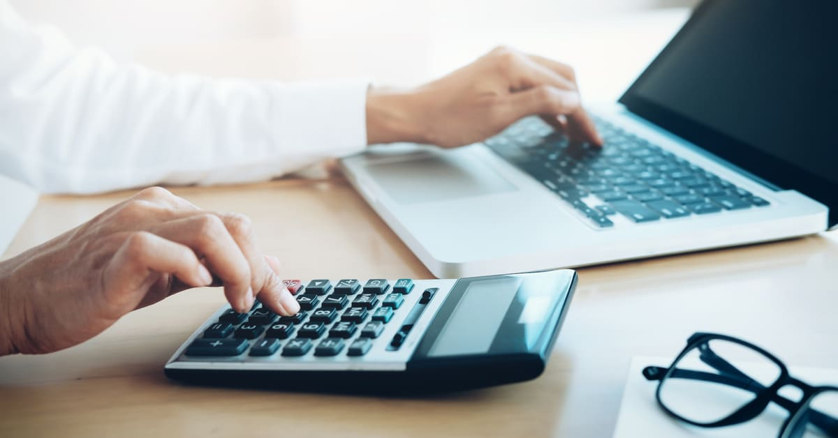 Попълване на Таблица 1 и 2 за определяне на окончателния размер на осигурителния доход към ГДД по чл. 50 от ЗДДФЛ