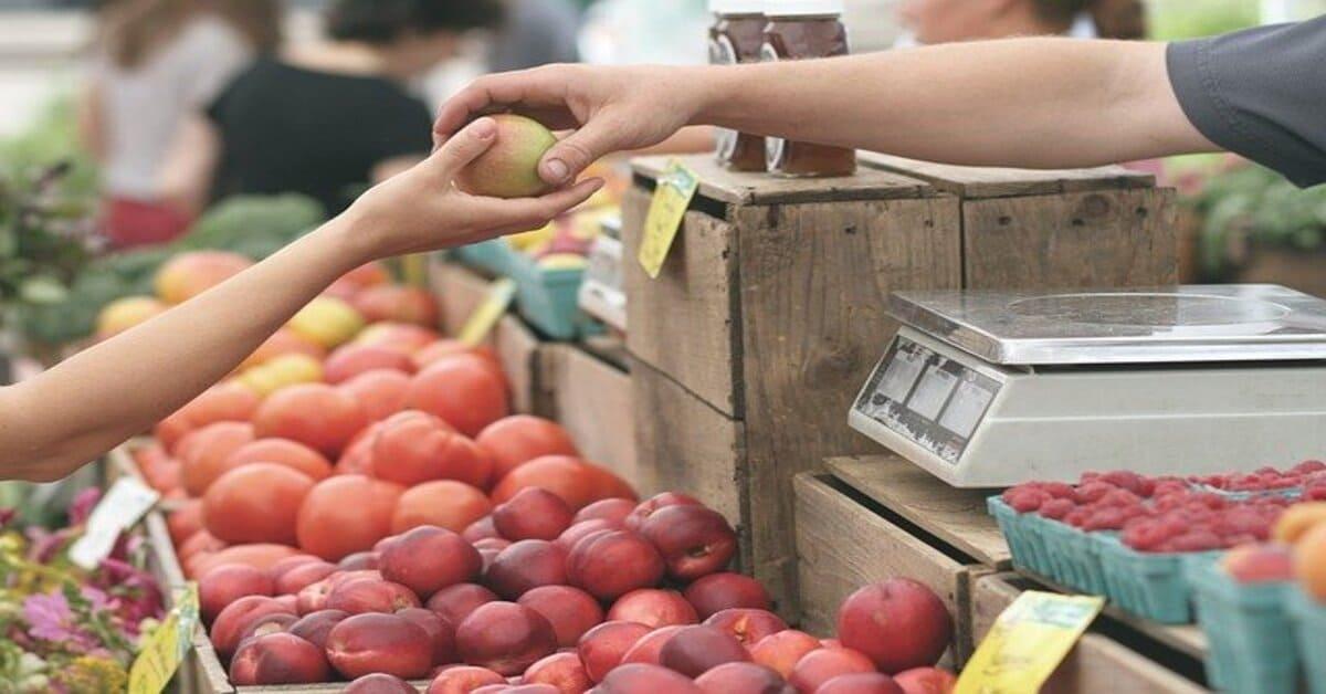 Проверки на пазарите за плодове и зеленчуци